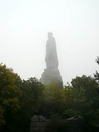 Паметникът на Альоша на Бунарджика 25.X.2009г.
